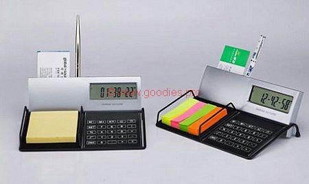 cadeau entreprise : ensemble de bureau avec calculette, porte-crayon et post-it