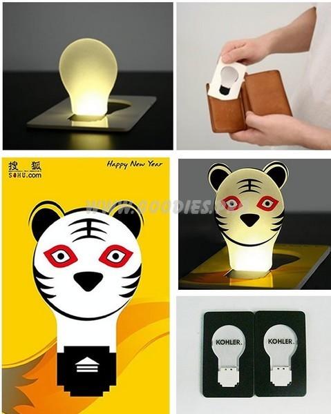 Gadget lumineux : lampe plate format carte de crédit